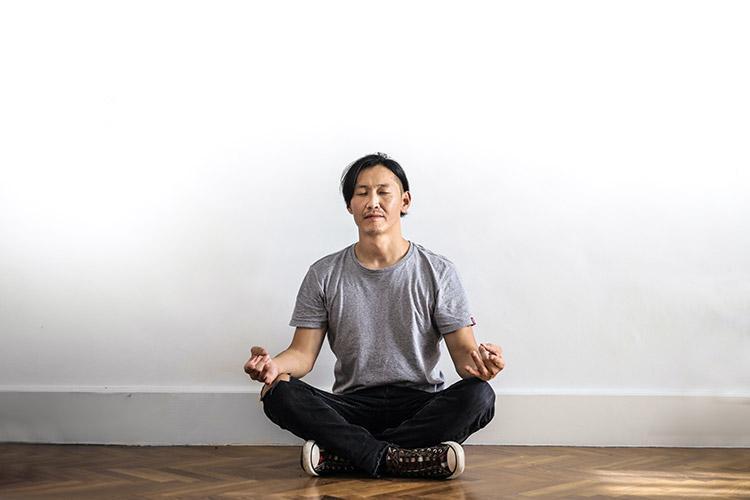 Berlatih Mindfulness Bagi Kesehatan Mental Menghadapi Pandemi